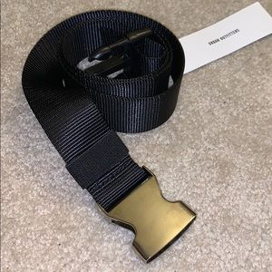 Black Urban Outfitters belt